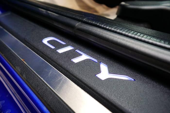 city-18