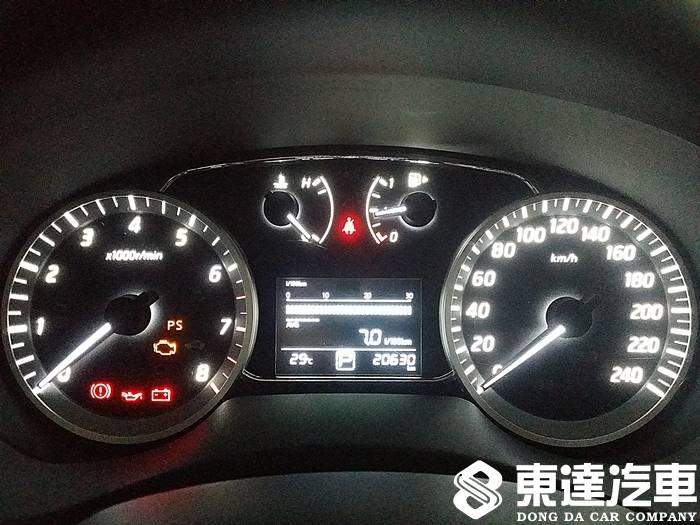 台南中古車-台南二手車-東達汽車-nissan-日產-sentra-015